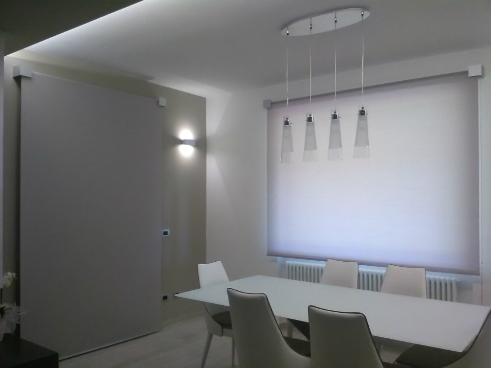 Arredamento interno tendaggi loredana for Arredamenti interni eleganti
